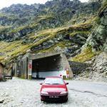 Rumunia - Wyjazd z tunelu na szczycie trasy 7C